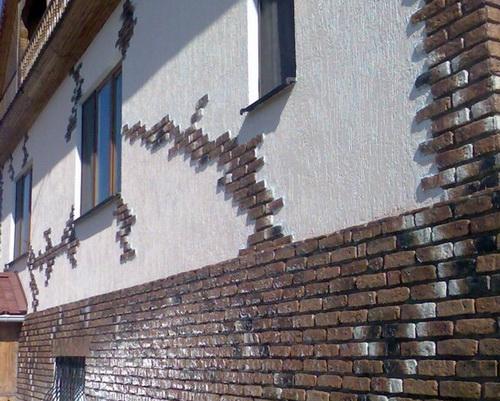 Если делаете сами, штукатурный фасад выйдет совсем недорого.