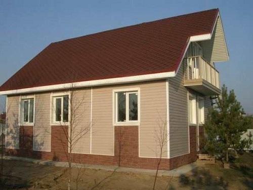 Чем можно обшить дом снаружи дешево и красиво - фото 1