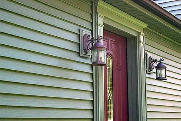 Чем можно обшить дом снаружи дешево и красиво - фото 4