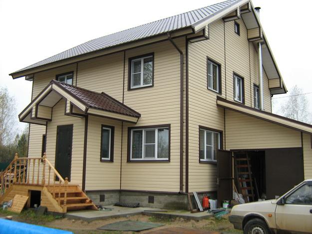 Чем можно обшить дом снаружи дешево и красиво - фото 8
